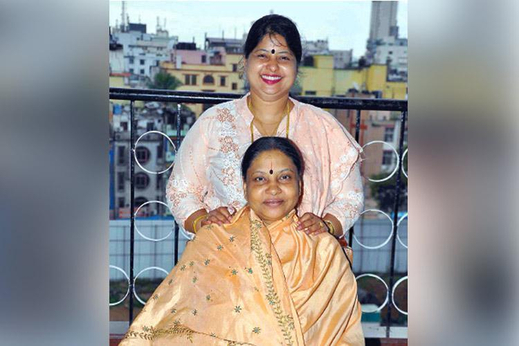 SC tells Amrutha claiming to be Jayalalithaas daughter to approach HC