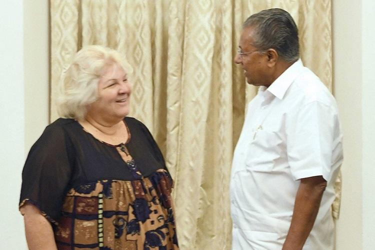 Che Guevaras daughter Dr Aleida meets Kerala Chief Minister