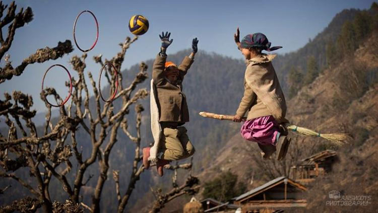 Harry Potter fans check out these kids playing Quidditch in a remote Himalayan village