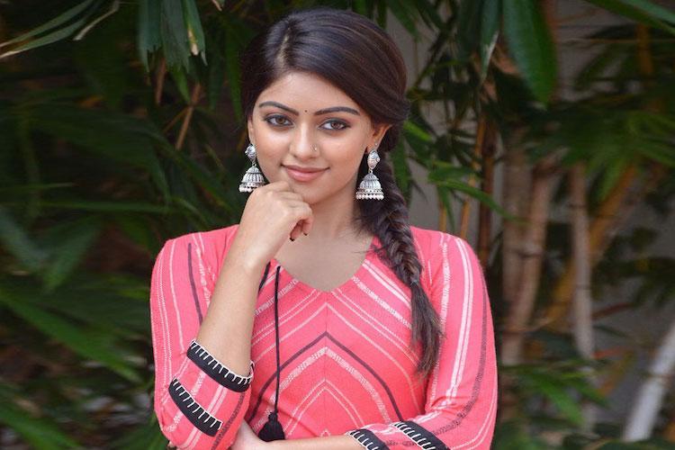 Allu Arjun's heroine finalised for 'Naa Peru Surya' | The News Minute
