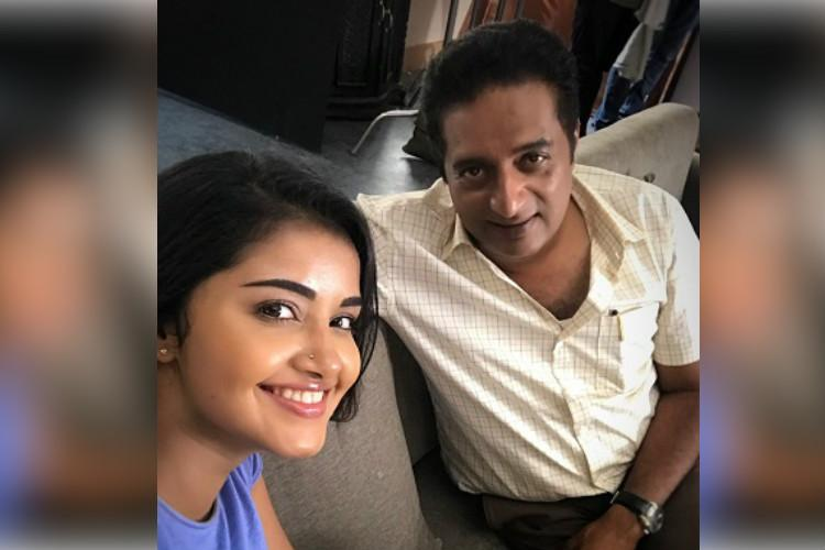 Director clarifies rumours on Anupama-Prakash Raj spat