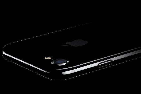 Apple may delay the launch of iPhone 8 by two months