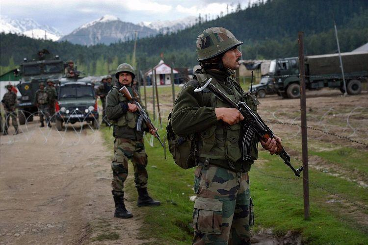 Chinese Indian troops face off on border China slams Indian provocation