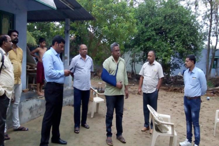 Journalist Nagarjuna Reddy held family says framed for writing against TDP