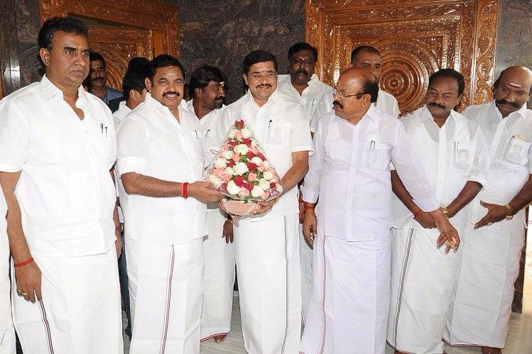 Was sidelined by OPS team MLA Arukutty switches sides to join EPS