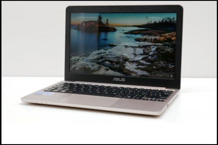 Review Asus VivoBook E200HA The light 116inch laptop that keeps running all day long