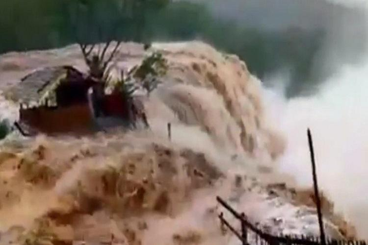 Kerala rains Surge in Athirappilly waterfalls tourism dept bans tourists