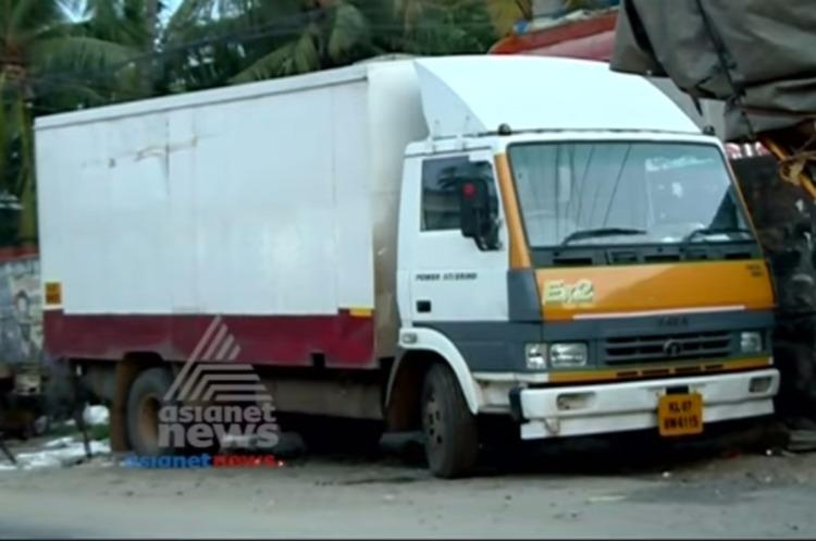 Unbearable stench from mysteriously parked truck causes panic in Thiruvananthapuram village