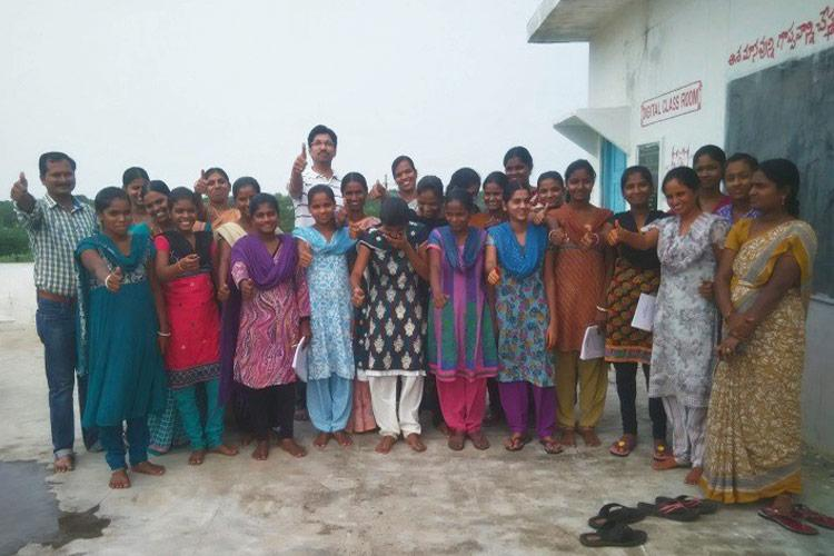 This 100-day literacy programme transformed women in Telangana village into entrepreneurs