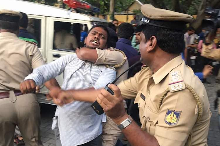 No beef at Bengaluru beef fest only fight between protesters and Hindu groups