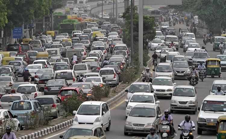 If Delhis odd-even scheme works may implement in Bengaluru Ktaka Home Minister