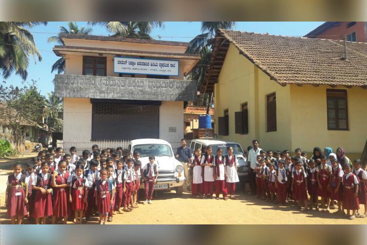 Teachers turn drivers at this Ktaka govt school to improve falling student numbers