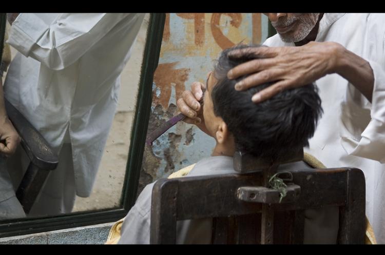 Violence in Karnataka villages over a Muslim barbers refusal to follow Hindu custom