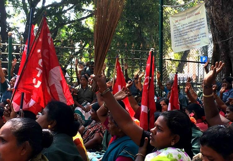 Bluru municipal workers protest after minimum wage hike not implemented months after decision