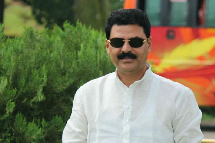 If they have guts RSS should shoot Modi Cong leader Belur Gopalakrishna kicks off row