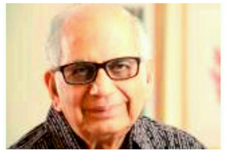 Another award return scientist joins protest by returning Padma Bhushan