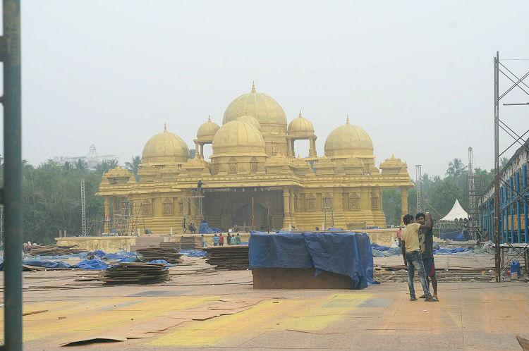 First Reddy now Kerala bigwigs Akshardham Mysore palace recreated for massive wedding