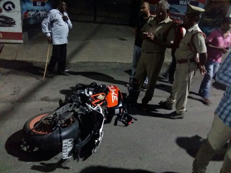 Two students crash to death on bike speeding at 170 kmph in Vijayawada