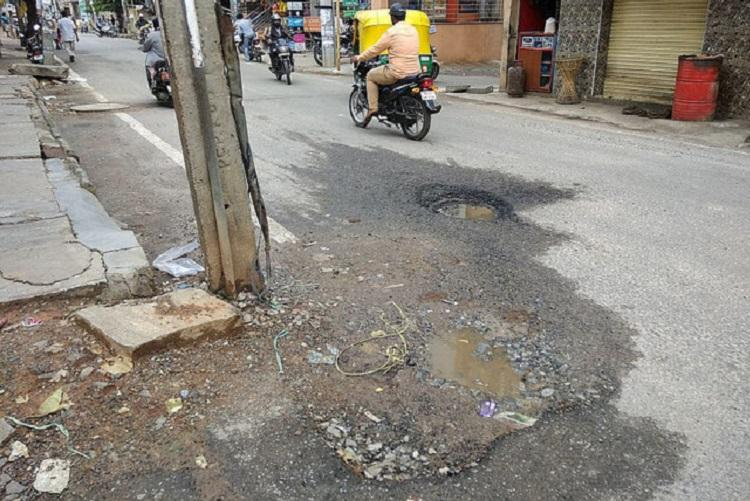 BBMP misses yet another deadline to fill potholes, B'luru
