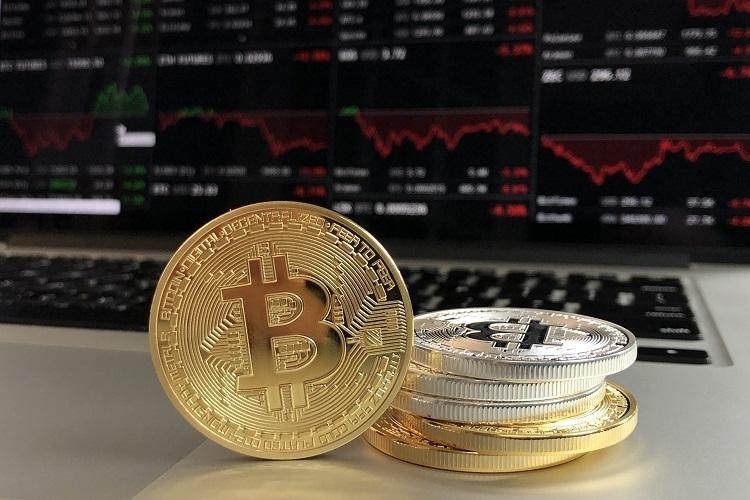 Government panel suggests banning cryptocurrency proposes penalty