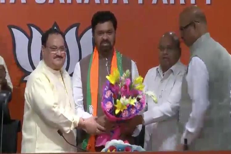 Big blow to Naidu Four TDP MPs join BJP want to merge with party