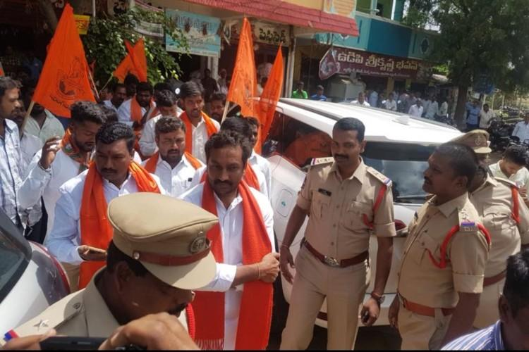 VHP BJP protest in Andhra and Telangana demand revocation of ban against Hindu seer