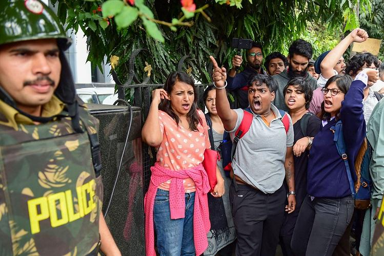 Cant wait and let it happen First-time protesters join anti-CAA protests in Bengaluru