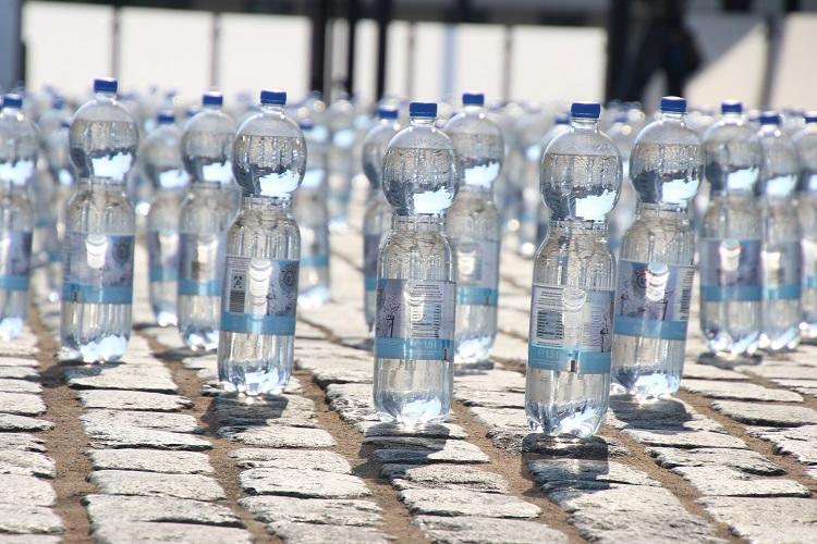 No more plastic in Karnataka govt events Kumaraswamy govt passes order