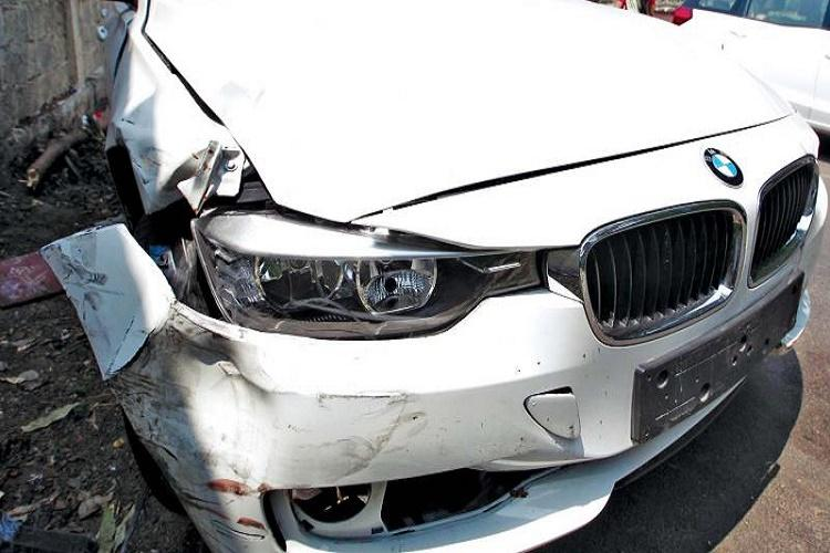 Drunk driver in BMW runs over two bikers in Chennai both injured