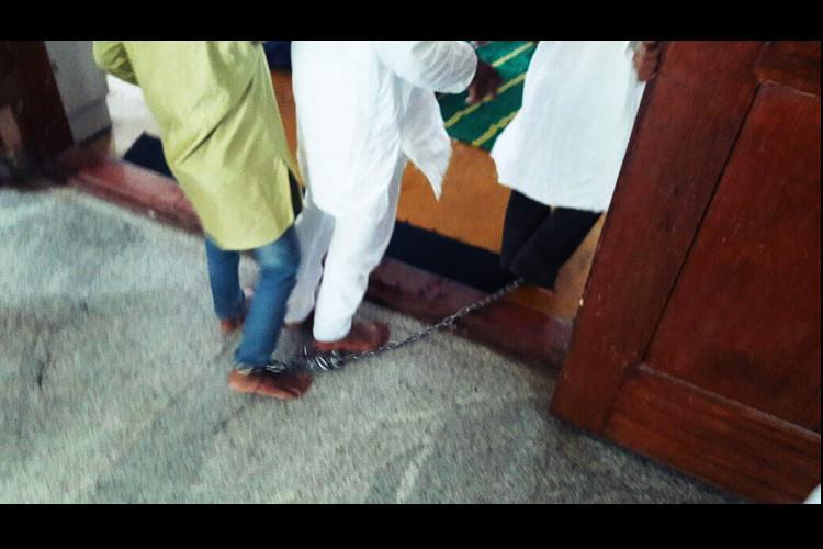 Three minors chained for not attending madrassa in Bengaluru