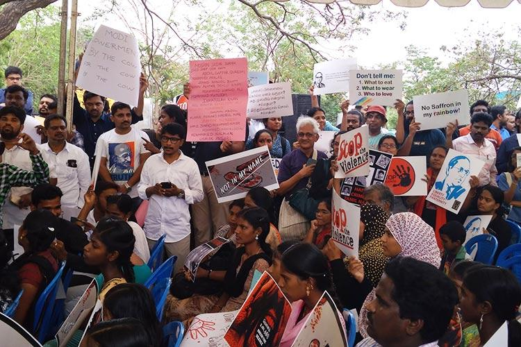 Chennai Breaks the Silence Citizens protest against lynching in solidarity with Not in My Name