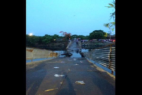 People fall into Cooum as bridge collapses at Pinkathon Chennai marathon organizers in the dock