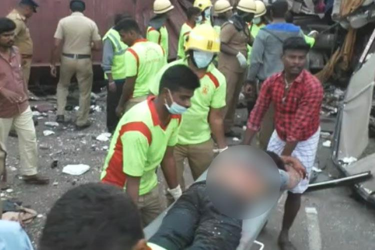 Bengaluru-Kochi bus accident Rescue team took passengers out through window