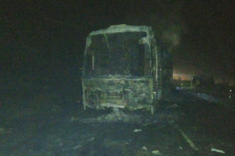 Three burnt alive in fatal collision between van and bus on highway near Bengaluru
