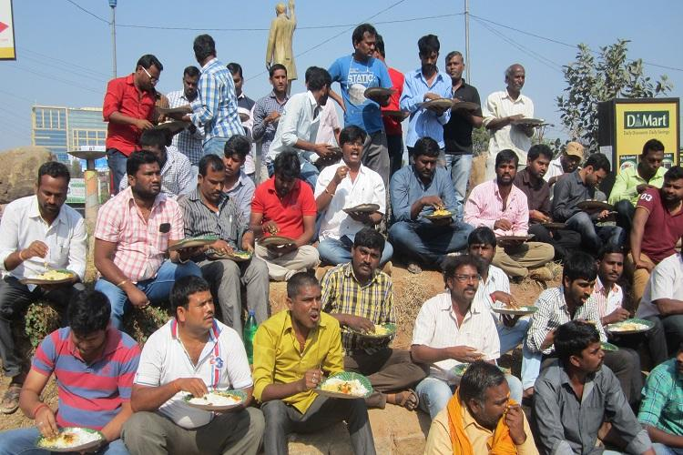 We have AC cars but no food Hyd cabbies resume strike but are Ola and Uber listening