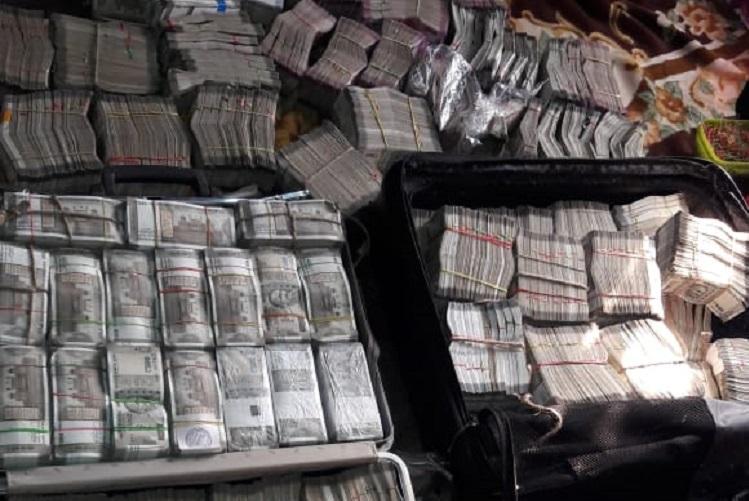 Ahead of polls Rs 39 crore cash 1841 litres of liquor seized in Karnataka