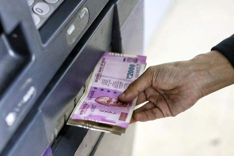 Cash withdrawals from ATMs increase over past 5 years RBI report