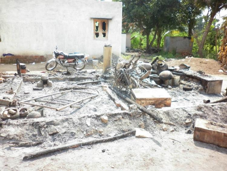 Caste clashes in Madurai houses set on fire and vehicles damaged