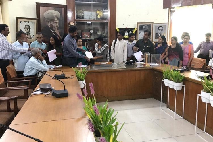 Steel Flyover Beda activists urge Bengaluru mayor to set up ward committee meetings