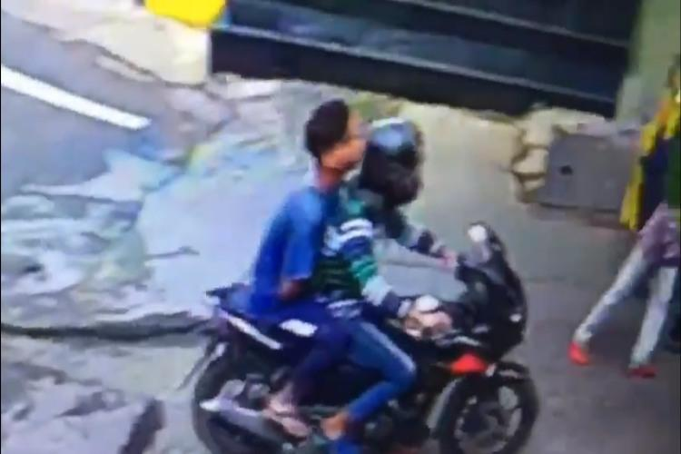 Video Chain snatchers rob Hyderabad woman of gold chain police arrest 3 men