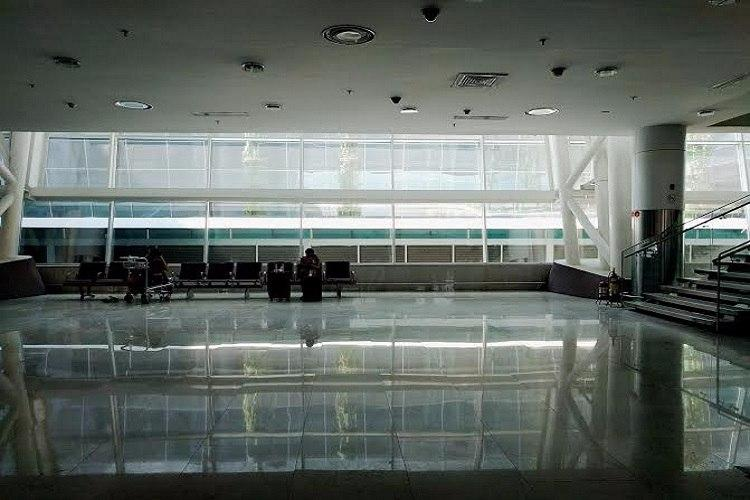 Another glass panel comes crashing down at Chennai airport 66th time this is happening