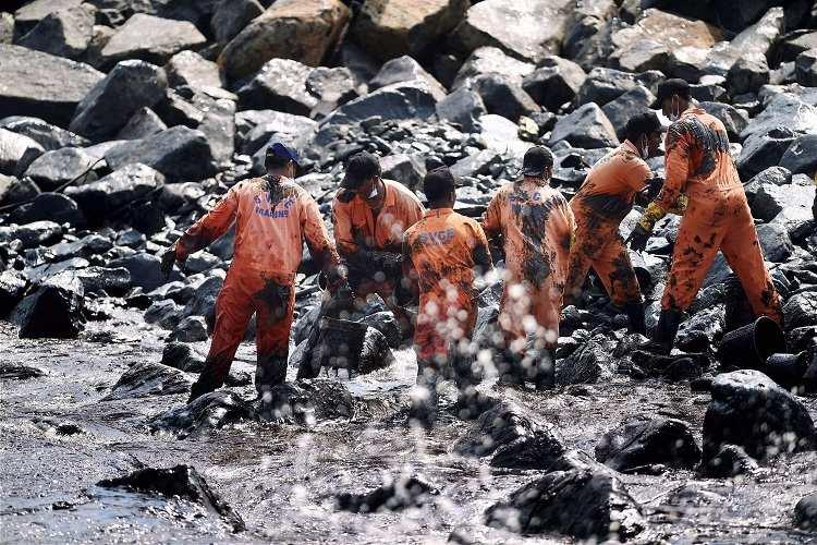 Lies Busted Over 200 tonnes oil sludge was recovered after Chennai oil spill