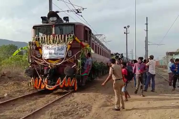 India ferries drinking water to drought-hit Chennai by train