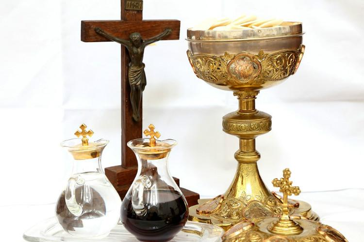 Despite anti-liquor position Kerala Bishops want Churchs wine quota increased by 900 pc