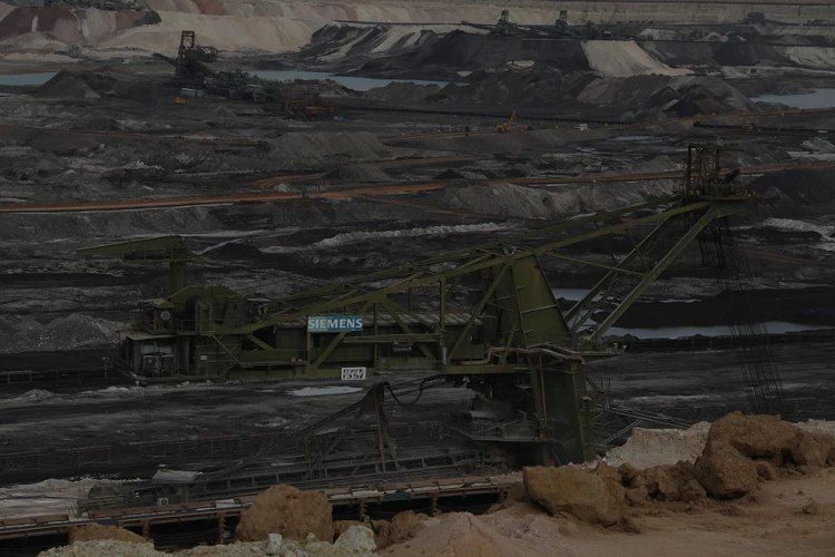 Fire breaks out in lignite mine in TN environmentalists allege cover up like Ennore oil spill