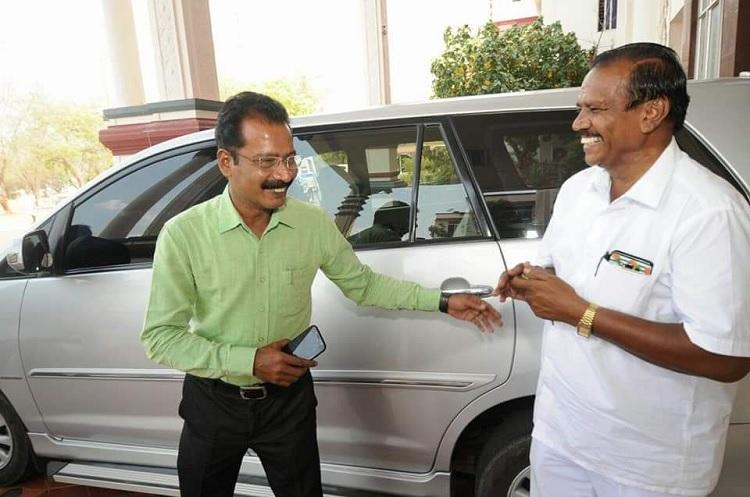 In thoughtful gesture TN collector takes the wheel to drop driver on his last day