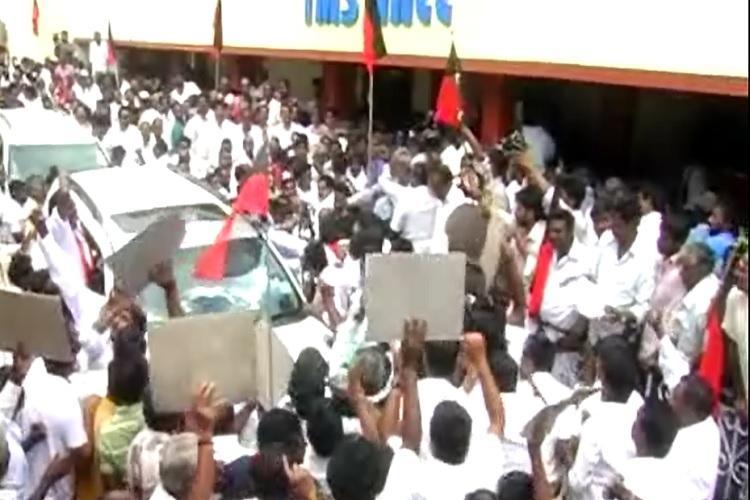 Internal dissent in DMK increases A Raja faces ire of cadres in Nilgiris