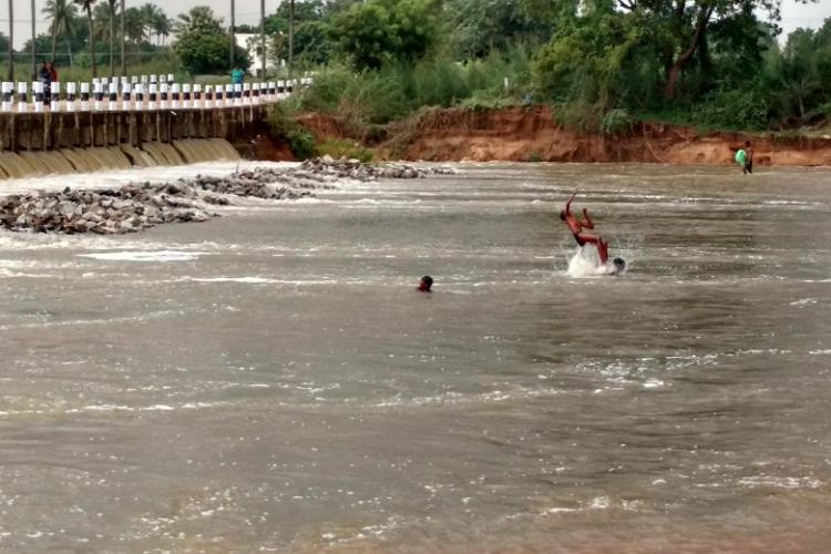 Madras HC dismisses TN govt plea challenging Rs 100 cr penalty for not cleaning rivers