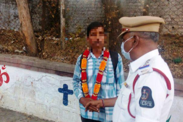 Hyderabad cops start garlanding people urinating in public but is that a real solution