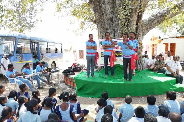 In Telanganas Mahbubnagar cops are using street theatre to prevent poll violence